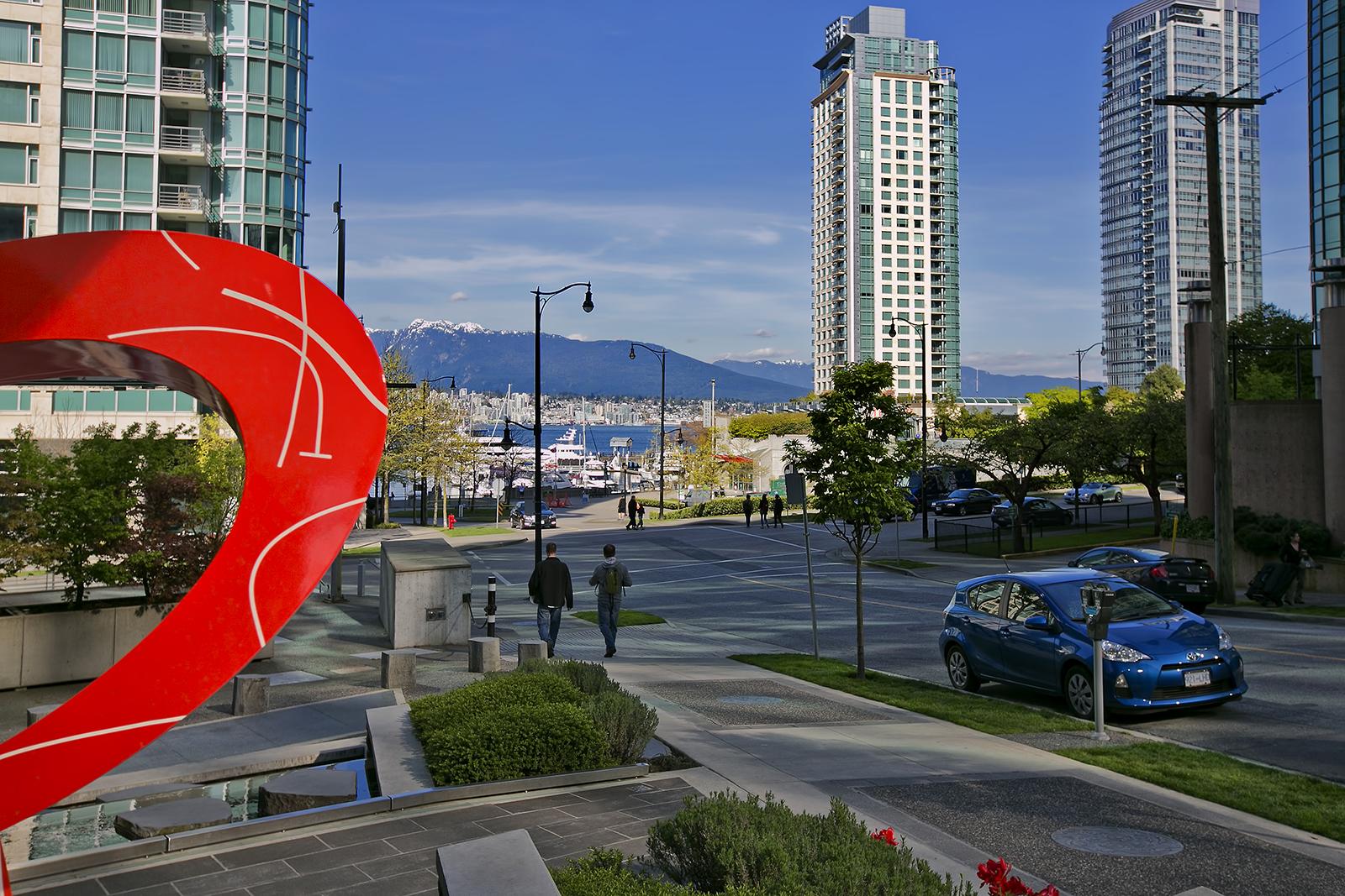 Coal Harbour, Vancouver BC - Photo by LocalPix.ca